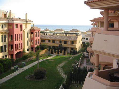 Vista de la piscina de AP Costas - Atlanterra o alrededores