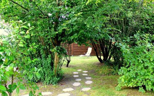 A garden outside La valériane