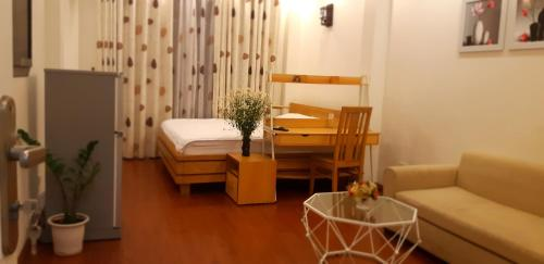 Ruby home - Bright and furnished apartment on Cat Linh street, near MB bank tower