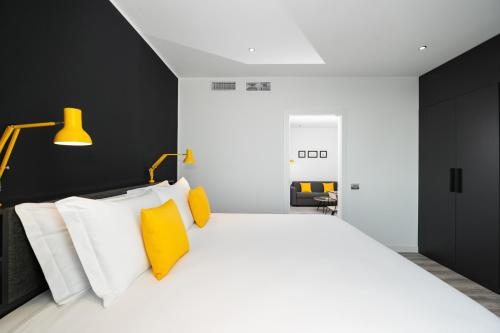 A bed or beds in a room at Staycity Aparthotels Venice Mestre