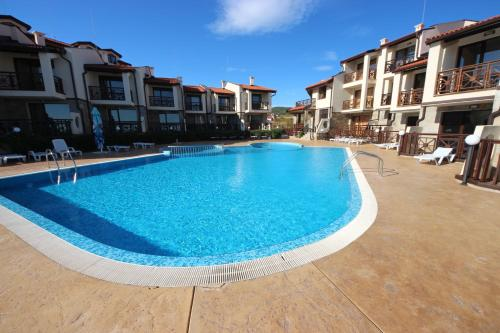 The swimming pool at or near Menada Imperial Heights Villas