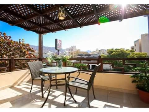 A balcony or terrace at Alfahad