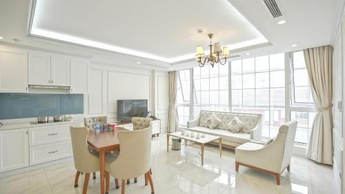 The Sun House Luxury Apt✯2BR✯near Thien Quang lake Hanoi center