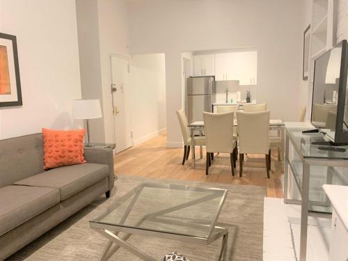 Zona de estar de Upper East Side Apartments 30 Day Rentals