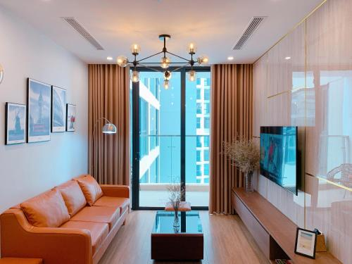 LECOS VINHOMES SKYLAKE Apartment