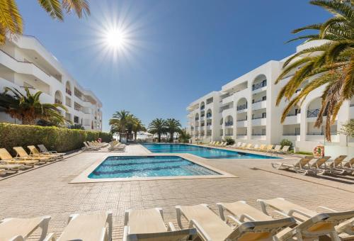 Het zwembad bij of vlak bij Be Smart Terrace Algarve