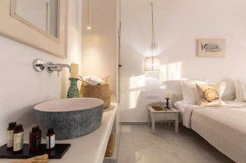 A bathroom at Studios Athina Plaka