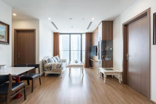 Luxury Apartment Vinhomes Skylake
