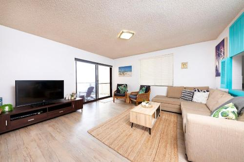 A television and/or entertainment center at Hibiscus Court, Unit 4, 24 North St, Forster