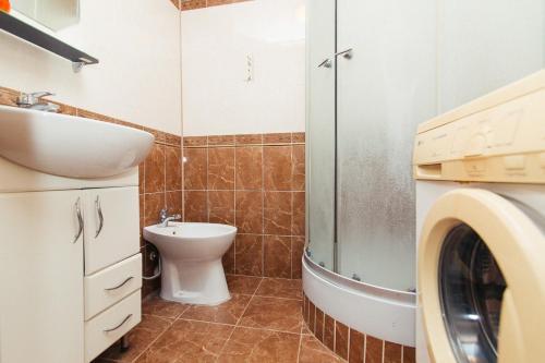 Ванная комната в Flat neer Manufaktura on Kharkovskaya 2 floor