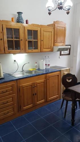 A kitchen or kitchenette at Casa Mador