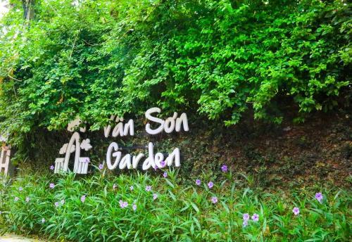 Van Son Garden