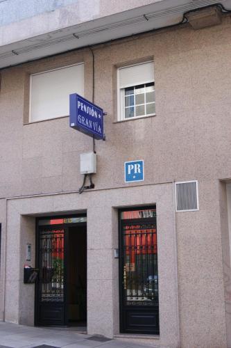 Pensión Gran Vía (España Lugo) - Booking.com