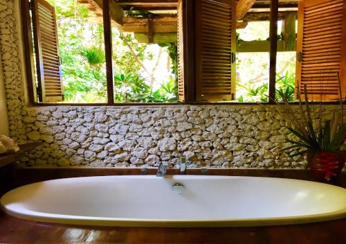 A bathroom at Bali Eco Beach House