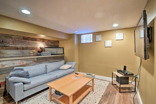 The lobby or reception area at Sunnyside Apartment 3 Mi. to Downtown Denver!