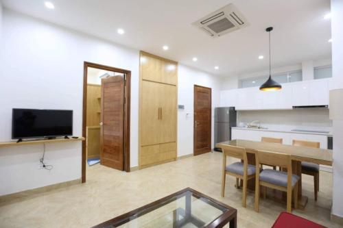Cozy 1 bedroom apartment in Tay Ho
