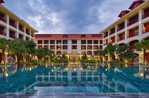 Senna Hue Hotel