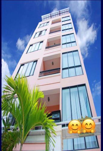 Hamilton Apartments
