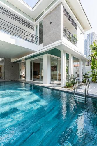 The Dreamy Villa By My Khe Beach - Free Breakfast