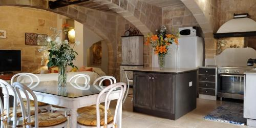 A kitchen or kitchenette at Il Kiostro
