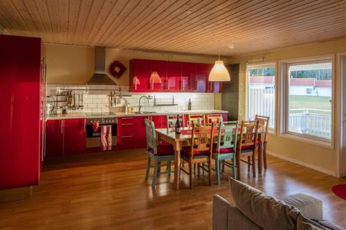 Ett kök eller pentry på Beautiful house with lake view