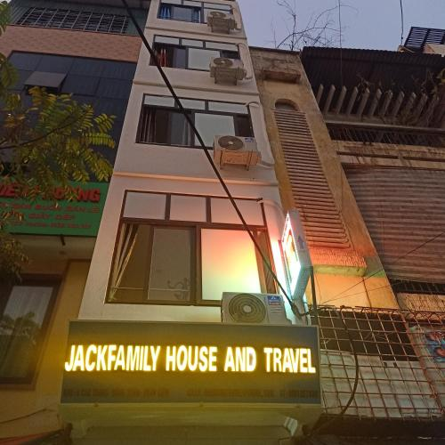 jack family house and travel