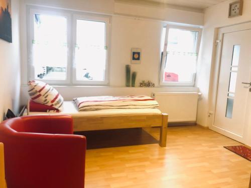 Ein Sitzbereich in der Unterkunft Schlafen wie Zuhause Avianaart Monteur und Ferienwohnung