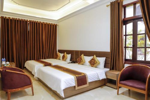Van Xuan Royal Hotel