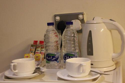 Coffee and tea-making facilities at Royal Ascot Hotel Apartment - Kirklees 2