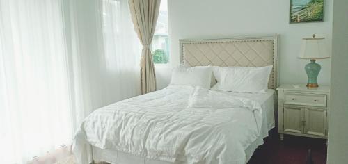 JULIE HOUSE HOMESTAY luxury villa