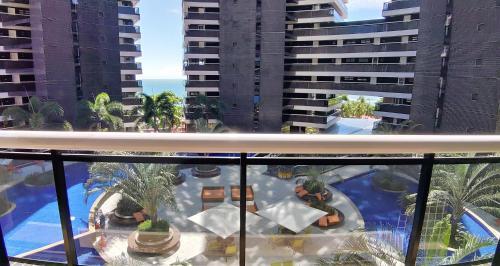 Uma vista da piscina em LANDSCAPE - MODUS STYLE ou nos arredores