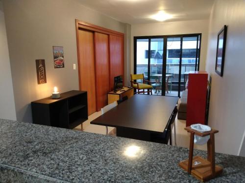 Table tennis facilities at Apartamento Salvador Prime - 28 Andar or nearby