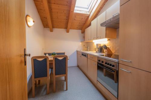 Küche/Küchenzeile in der Unterkunft Ferienheim Gabi