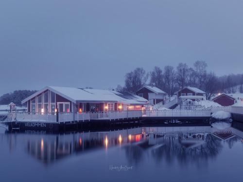 Garsnes Brygge om vinteren