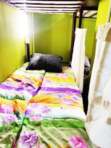 Кровать или кровати в номере Хостел Уютная Компания