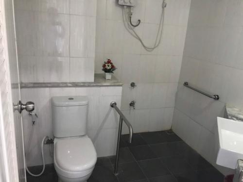 ห้องน้ำของ ไลค์ เรสซิเดนซ์