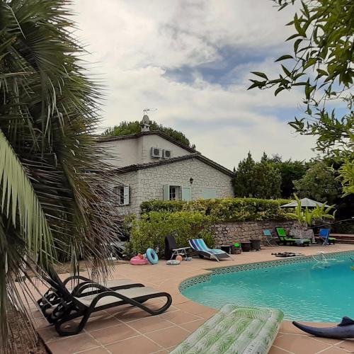 The swimming pool at or close to Villa Alessia