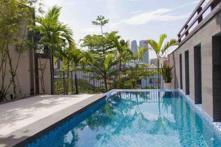 Beautiful Pool Villa near Vincom Plaza