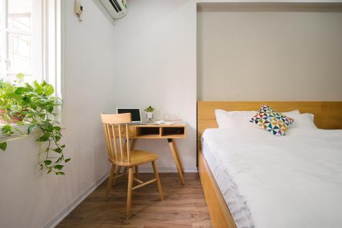 Mee's - Full Light Apartment, 1min to Hoan Kiem Lake