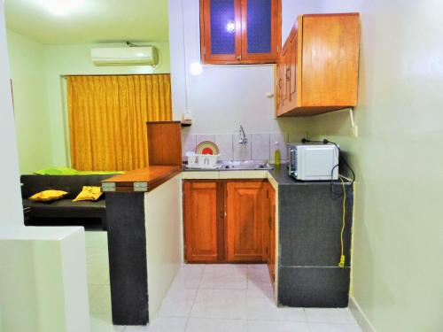 A kitchen or kitchenette at Mini Departamento Iquitos 1245-01