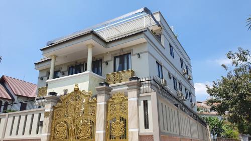 Anna House 1