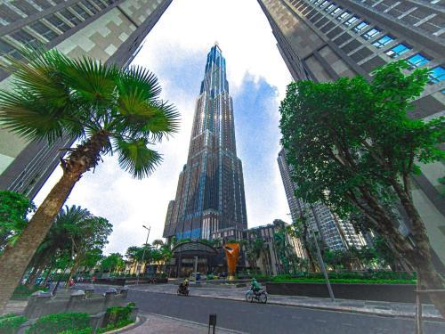 Bland Landmark Luxury Residence