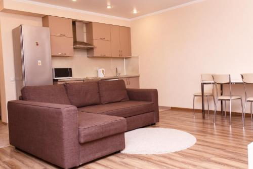 Гостиная зона в Апартаменты - студия в центре Казани - В Гостях как Дома