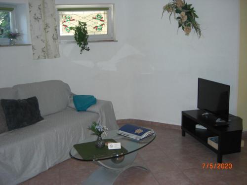 Ein Sitzbereich in der Unterkunft Appartement Am Goldberg