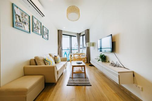 Pi House- sea view apartment in Halong Bay