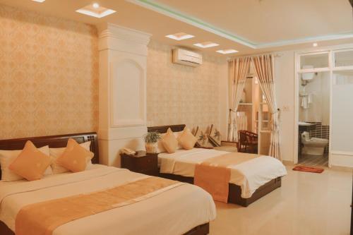 Hue Harmony Hotel