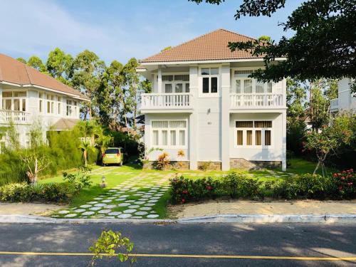 Villa S22 in Sea Links Mui ne Resort