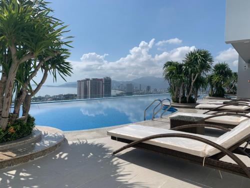 Hoang Anh Apartment with 2 beds & 3 beds