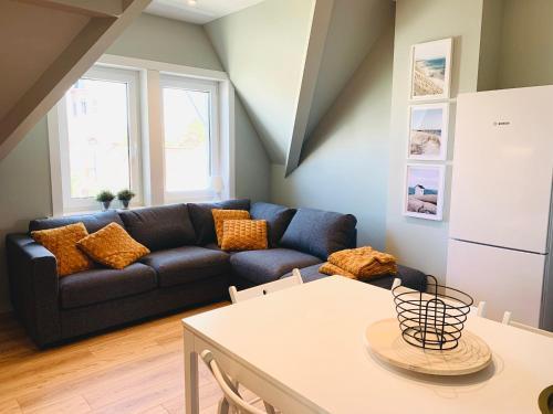A seating area at Apartments Villa Manalou