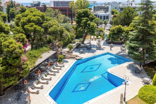 A view of the pool at Oasis Hotel Apartments or nearby